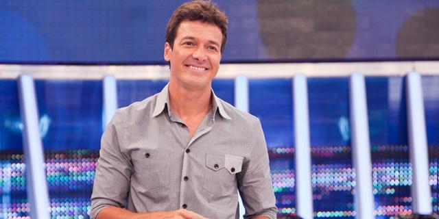 Rodrigo Faro tem melhor audiência anual desde estreia nos domingos em 2016