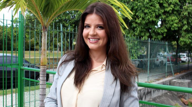 Mariana Santos comemora papel em