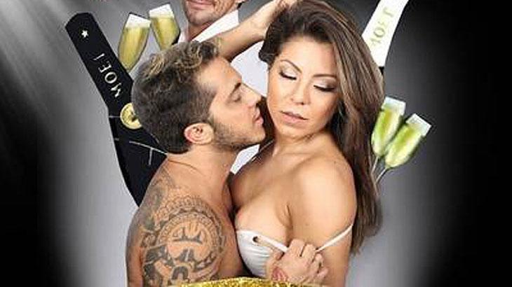 Em cartaz, Thammy Miranda sensualiza e tira sutiã da namorada Andressa Ferreira