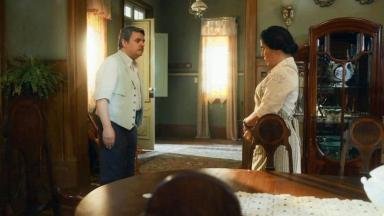 Afonso e Lola em cena de Éramos Seis