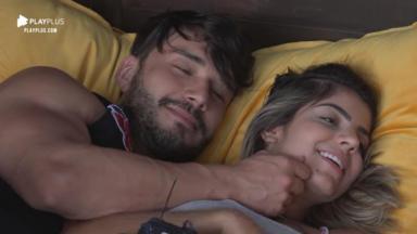 Lucas e Hariany finalmente deram o primeiro beijo no reality show A Fazenda 11
