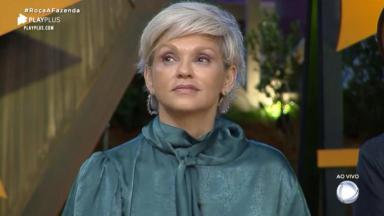 Andréa Nóbrega errou nomes dos peões no reality show A Fazenda 2019
