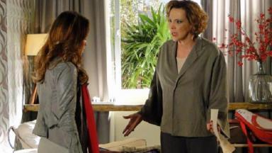 """Ana Beatriz Nogueira e Fernanda Vasconcellos em cena de """"A Vida da Gente"""""""