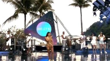 Anitta em live de Carnaval