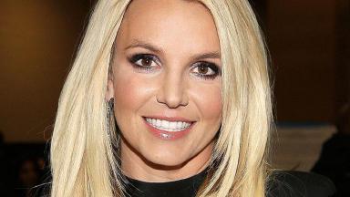 Britney Spears sorrindo