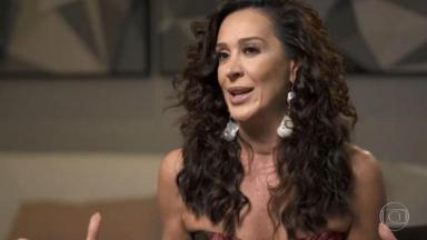 Claudia Raia durante entrevista para o Fantástico