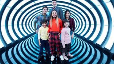 elenco de Gaby Duran: Babá de Aliens