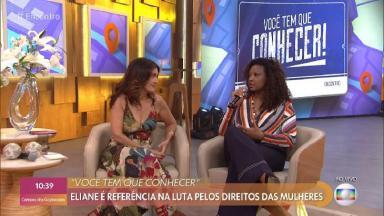 Fátima Bernardes durante o Encontro entrevistando uma mulher