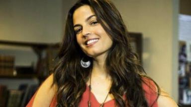 Cena de Malhação Sonhos com Dandara, personagem de Emanuelle Araújo