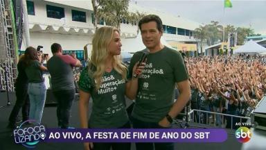 Celso Portiolli sendo entrevistado no Fofocalizando
