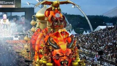 Carro alegórico da Gaviões da Fiel no Carnaval 2020