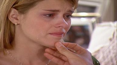 Cena de Laços de Família com Camila chorando