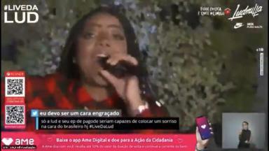 Ludmilla durante live