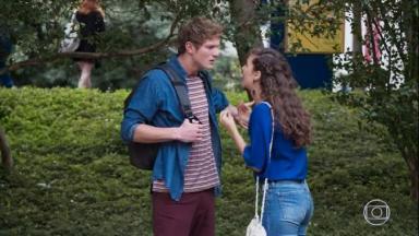 Filipe e Rita discutindo em Malhação