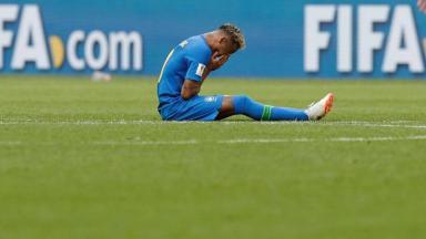 Neymar_6c6e9de80e8662d303f3f2a13935d1a2b6c24fea.jpeg