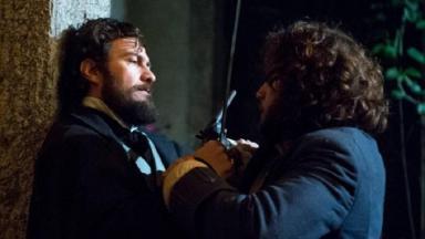 Cena de Novo Mundo com duelo de Joaquim e Thomas