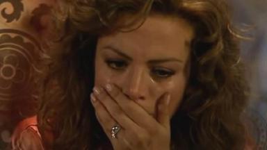 Cena de Quando me Apaixono com Renata chorando