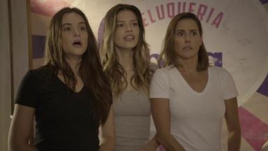 Kyra, Alexia e Luna em cena de Salve-se Quem Puder