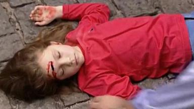 """Sandrinha foi atropelada e ficou em coma em """"Por Amor"""". Foto: Divulgação"""