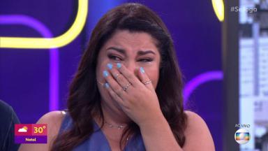 Fabiana Karla chorando durante o Se Joga