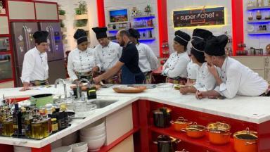 """Participantes do """"Super Chef"""" na cozinha do """"Mais Você"""""""