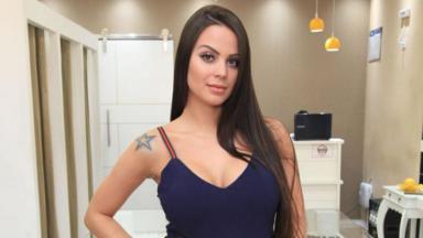 A modelo e digital influencer Victória Villarim