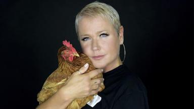Xuxa ensina receitas veganas no NaTelinha