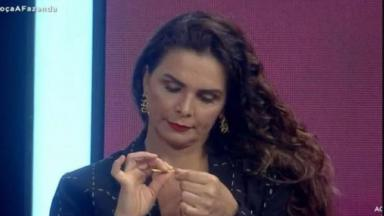 Luiza Ambiel em A Fazenda 2020