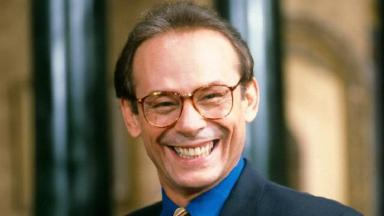 Ator José Wilker sorrindo