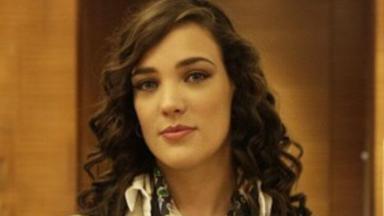 Adriana Birolli em cena como Maria Marta na novela Império, em reprise na Globo