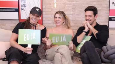 """Adriane Galisteu, Julia Faria e João Vicente de Castro jogando """"Eu Nunca"""""""