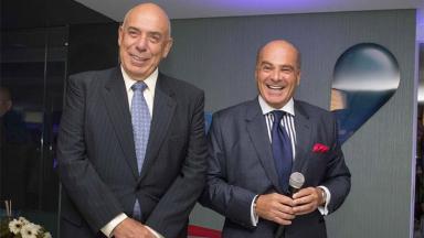 Almicare Dallevo Júnior e Marcelo de Carvalho sorrindo para foto
