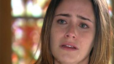 Cena de A Vida da Gente com Ana chorando
