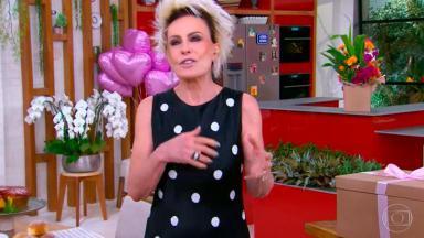 Ana Maria Braga aniversariando na abertura do Mais Você