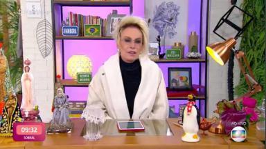 Ana Maria Braga de roupão no Mais Você