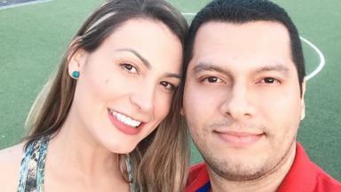 Andressa Urach e Thiago Lopes posando pra câmera
