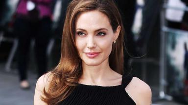 angelina-jolie-atriz_da194ef04434f38f77011330942a49a705e58000.jpeg