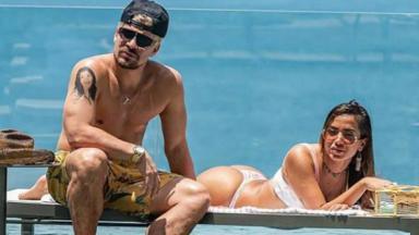 Thiago Martins e Anitta contracenam em Amor de Mãe