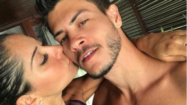 Arthur Aguiar e Mayra Cardy