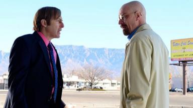Bob e Brian em cena em Breaking Bad