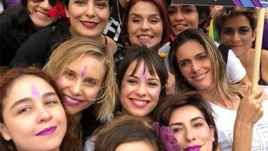 Atrizes da Globo em ato contra Jair Bolsonaro