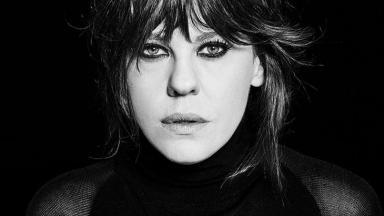 Bárbara Paz em foto preto-e-branco
