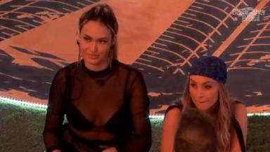 Sarah ao lado de Carla Diaz na festa do BBB21 faz comentário polêmico sobre pandemia