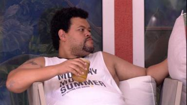 Babu Santana durante o reality show BBB20