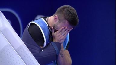 Arthur chora ao ganhar prova do anjo