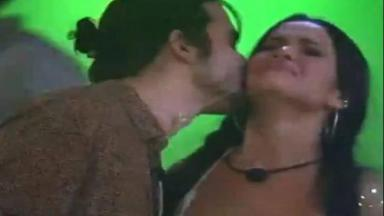 Fiuk beija Juliette durante festa do BBB21