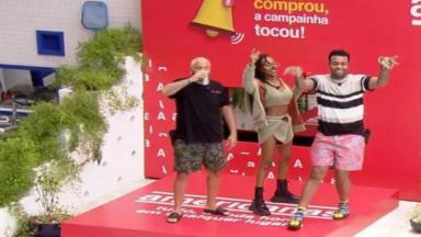 Projota, Karol Conká e Nego Di durante atividade do BBB21