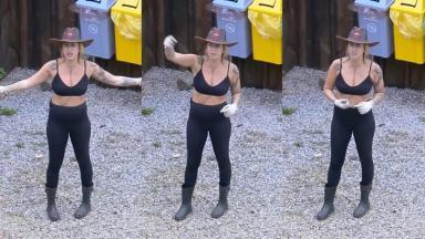 Bifão durante o reality show A Fazenda 2019