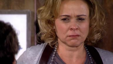 Giulia Gam como Bruna em cena da novela Ti Ti Ti, em reprise na Globo