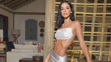 Bruna Marquezine posa para foto